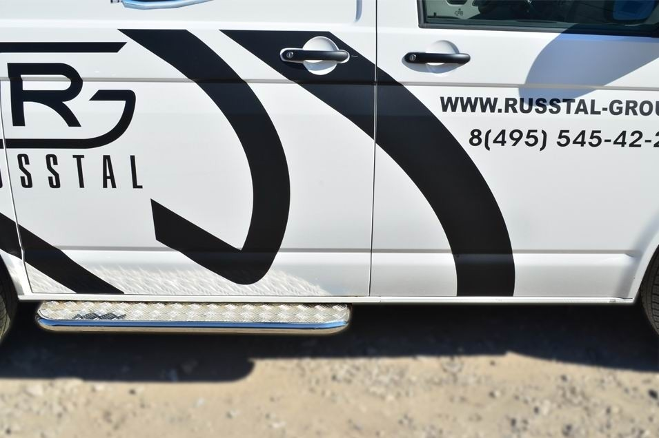 Руссталь VTKL-001399 пороги труба d42 с листом на Volkswagen Multivan 2010-