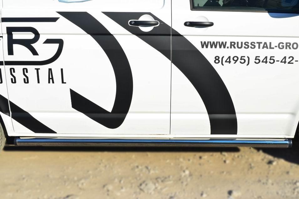 Руссталь VTKT-0013982 пороги труба d63 (с заглушками на торцах) (правый) на Volkswagen Multivan 2010-