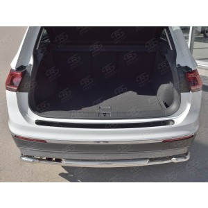 Руссталь VGN-002724 накладка на задний бампер (лист нерж зеркальный) на Volkswagen Tiguan 2017-