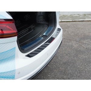 Руссталь VWTN-003070 накладка на задний бампер (лист нерж зеркальный) на Volkswagen Touareg 2018-
